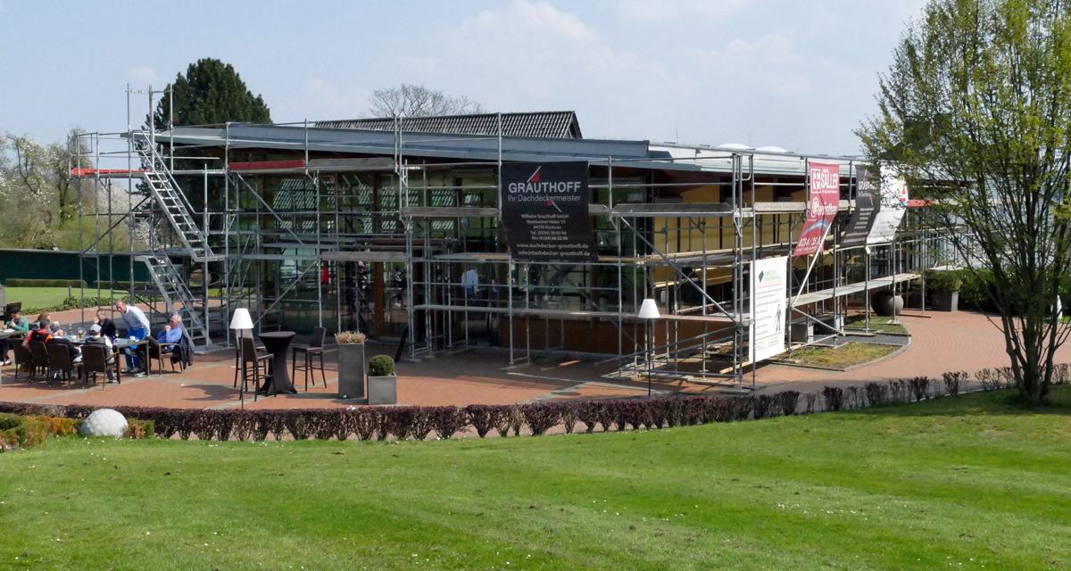 Clubhaus Gerüst vSW. (Bildquelle: Bochumer GC)